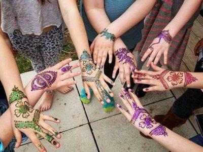 teen+henna+party